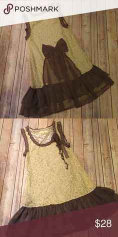 A'reve Lace and Frill Dress Very cute a'reve dress. Size small. Great for concerts, festivals, or a night out. Pairs great with cowgirl boots. A'reve Dresses