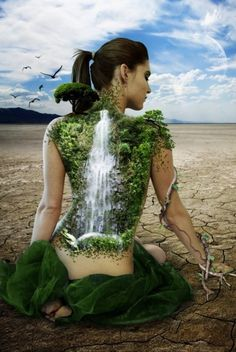 Il sentimento oceanico ********************************* La psicologia transpersonale parte dal profondo per farci riconoscere parte del mondo materiale, l'ecopsicologia parte dall'ambiente circostante per farci sentire parte di una dimensione spirituale.