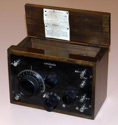 https://flic.kr/p/SJXxC3 | Vintage Crosley Regenerative Radio Receiver, Model 50, One Vacuum Tube, Made In USA, Circa 1924 | Auction Item 187 - Crosley 50, 1 of 2 photos.