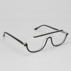 Regulus Aviator Readers by Ksubi. Sleek cutout square frames topped with a bold contrast bridge. These Ultra stylish Aviator Eyeglasses from Ksubi are made of Plastic and are great look for men and women who want a slightly different take on eyewear. You can snatch up a pair over HERE.