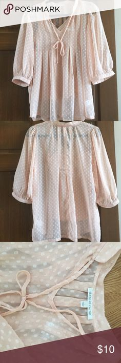 2 Pc Cami and Blouse Set Beautiful camisole and blouse from Daniel Rainn. Size Small but fits loose and flows. Light peach with beautiful detailing and tie at the neck. 3/4 sleeves. Dainel Rainn Tops Blouses