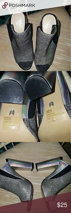 """Beautiful Heels Silver n black gorgeous sexy high heel Slide on with 5"""" heel. Absolutely gorgeous. Brand new condition. Purchased for a wedding n wore just maybe 3 hours. These look so beautiful on. You can see the wings on bottom very clean, perfect condition. Victoria's Secret Shoes Sandals"""