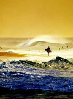 It's challenging to learn to surf and can take years to master. When you take up surfing you should have realistic expectations. No Wave, Big Waves, Ocean Waves, Beach Waves, Surf Mar, Surfs Up, Mellow Yellow, Blue Yellow, Ocean Beach