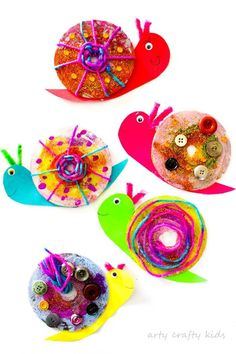 Easy CD Snail Craft - basteln - Camping World Cd Crafts, Upcycled Crafts, Easy Crafts For Kids, Summer Crafts, Toddler Crafts, Art For Kids, Arts And Crafts, Button Crafts For Kids, Simple Crafts