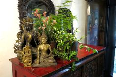 Vase, Home Decor, Flower Vases, Interior Design, Home Interiors, Decoration Home, Flowers Vase, Interior Decorating, Home Improvement