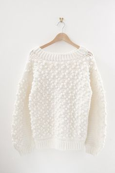 I'm looking for the perfect slouchy knit for winter, I like this one!