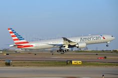 American Airlines Boeing 777-323/ER