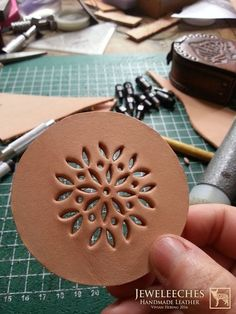 Making a leather coaster with Moroccan style, handmade by J Leather Stamps, Leather Art, Sewing Leather, Leather Gifts, Leather Bags Handmade, Leather Jewelry, Leather Tooling Patterns, Leather Pattern, Leather Diy Crafts