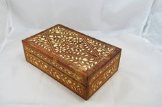 Vintage jewelry box, carved handmade jewelry box, jevelry holder, Wooden box, jewelry storage, box for jewelry, wood box by Scandicreations on Etsy