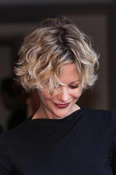 hairstyles - picture for cute meg Ryan hairstyles - -short hairstyles - picture for cute meg Ryan hairstyles - - Short Straight Haircut, Short Wavy, Short Curly Hair, Wavy Hair, Short Hair Cuts, Curly Hair Styles, Meg Ryan Haircuts, Meg Ryan Hairstyles, Short Hairstyles For Women