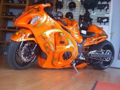 FAT Tire Suzuki Hayabusa #pashnit http://www.PashnitBusa.com