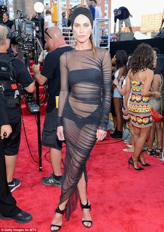 Erin Wasson in Alexandre Vauthier Couture | 2013 MTV #VMAs #redcarpet #fashion #style