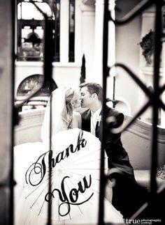 Thank you Wedding Sign Ideas - Weddings Romantique Wedding Couples, Wedding Signs, Wedding Photos, Destination Wedding, Wedding Planning, Wedding Inspiration, Wedding Ideas, Wedding Stuff, Cute Signs