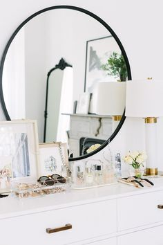 French-Inspired Bedroom Dresser Styling - gorgeous white dresser and black mirror Dresser Top Decor, Bedroom Dresser Styling, Bedroom Dressers, Dresser Top Organization, Jewelry Organization, White Bedroom Dresser, Bedroom Organization, Home Bedroom, Diy Bedroom Decor