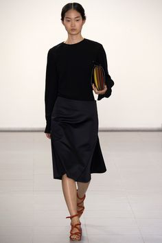 See all the Collection photos from Paul Smith Spring/Summer 2016 Ready-To-Wear now on British Vogue Fashion Week, Spring Fashion, Fashion Show, Fashion Looks, Fashion 2016, Fashion Trends, Paul Smith, Vanity Fair, Vogue