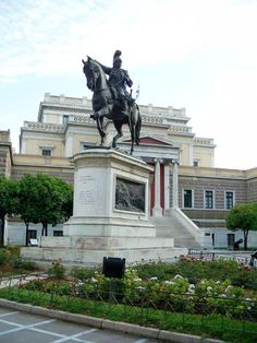 My great(x grandpa. My goal is to see this in the near future! The statue of great general and hero, Theodoros Kolokotronis, in front of the Old Greek Parliament building My Athens, Athens Greece, Parthenon, Acropolis, Old Greek, Greek Statues, Greek Beauty, In Ancient Times, Greece Travel