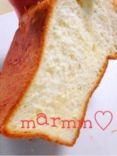 外はサックサク中モチモチのほんのり甘いブリオッシュ食パン♪ジャムやバター無しでもそのままパクパク食べちゃいます♪