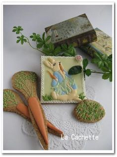 Peter Rabbit and carrot by La Cachette ~茶菓のある風景~