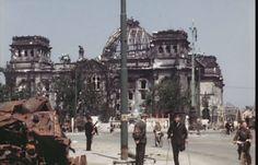 Ένα συγκλονιστικό, έγχρωμο φιλμ από το βομβαρδισμένο Βερολίνο τον Ιούλιο του 1945