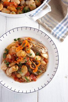 Το μενού της εβδομάδας (16 έως 22/4) - www.olivemagazine.gr Legumes Recipe, Greek Cooking, Cooking Recipes, Healthy Recipes, Veggie Dishes, Greek Recipes, Kids Meals, Meal Planning, Main Dishes