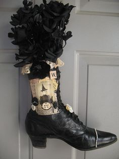 Witches Shoe Door Wreath by sandbeech, via Flickr...I could see a Hidden Vintage Studio image on this boot on my door!