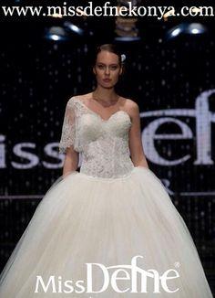 GELINLIK KONYA GELINLIKLER MISSDEFNE KONYA #konya #missdefnekonya #missdefne #defne #miss #gelinlik #gelinlikler #gelinlikci #gelin #damat #dugun #kina #kinalik #nikah #nikahlik #abiye #bindalli #kaftan #ozeldikim #ozel #fashion #moda #hautecoutute #couture #wedding #bridal #bride #karaman #aksehir #cihanbeyli #kulu #eregli #ilgin #seydisehir #beysehir #sarayonu #ermenek #bozkir #kazimkarabekir #cumra #guneysinir #prenses #arkadas #romantik #love #resepsiyon #nisan #nisanlik #lingerie…