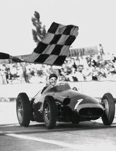 Juan Manuel Fangio (ARG) (Officine Alfieri Maserati), Maserati 250F - Maserati V12 L6 (finished 1st)1957 German Grand Prix, Nürburgring Nordschleife