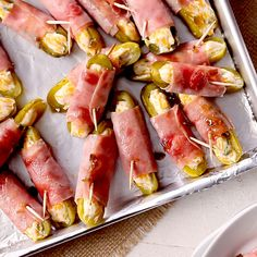 Tailgate Food BHG's Best Healthy Recipes Forget jalapeno poppers, these pickle poppers are going to become your new favorite party appetizer! Pickles stuffed with a cream cheese mixture and wrapped in meat create an irresistible savory starter recipe. Meat Appetizers, Appetizers For Party, Appetizer Recipes, Appetizers On Skewers, Easiest Appetizers, Prosciutto Appetizer, Using A Pressure Cooker, Pressure Cooker Recipes, Jalapeno Poppers
