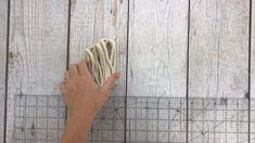 Fantastische The einfacher haken ohrringe pattern ever! Learn how to make super-cute hook earrin. Crochet Jewelry Patterns, Crochet Earrings Pattern, Macrame Patterns, Crochet Accessories, Macrame Earrings Tutorial, Diy Earrings Easy, Earring Tutorial, Crochet Diy, Thread Crochet