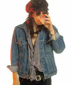 Read ✨trece✨ from the story THREAD: cosas que hace Izzy Stradlin by PUTIZZY (fuerza natural) with reads. Guns N Roses, 96 Hours, Velvet Revolver, Duff Mckagan, Band Photography, Wattpad, Axl Rose, John Deacon, The Duff