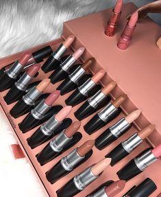Improve makeup with these mac makeup collection Tip# 3759 - more_make_up_pintennium Makeup Brands, Best Makeup Products, Skin Makeup, Beauty Makeup, Makeup Style, Makeup Geek, Mac Make Up, Make Up Marken, High End Makeup