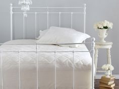 St Dormeir Fitted Mattress Protector by St Geneve