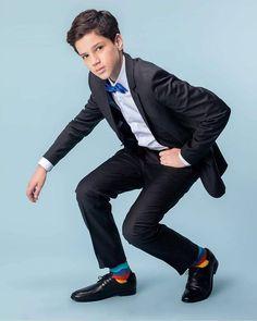 "Matheus Guerra en Instagram: ""#tbt @suit_boys . . . . #campanha #boys #tbt #matheuguerra #saopaulo #modayoung #modateen #boanoite"" Terno Slim, Prom Suit, Teen, Suits, Instagram, Great Week, Campaign, Buen Dia, Style"