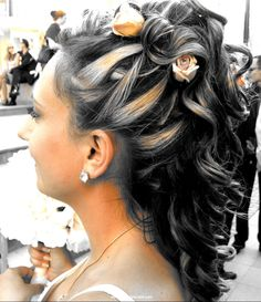 Sharp Wedding hairstyle. For more bridal and other cool hairstyles, go to www.hairstylescraze.com