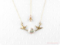 Pearl necklace gold Birdy McBride bird charm by crimsonandfinch, €28.50