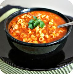 "From reader Barbie Washington: 365 Days of Slow Cooking: Recipe for Slow Cooker Copycat Olive Garden Pasta e Fagioli Soup. Barbie says, ""Made this yesterday for my hubby's birthday. He loves's Olive Garden's Pasta Figioli and he said this tastes just like it!"""