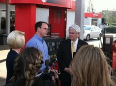 @MillsapsLaw: #newt with owner of gas station #behindthescenes2012 pic.twitter.com/HxlyLld5