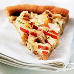 Apple Walnut Pizza  I would probably have to add a touch of raw sugar or brown sugar to the apples!