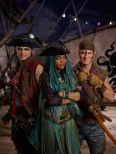 China Anne MicLaine as Uma Thomas Doherty as Harry and Dylan PlayFair as Gil #Descendants2 # DisneyChannel