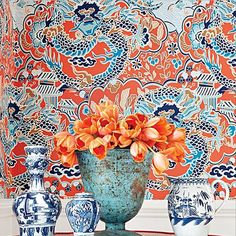 A collection of chic chinoiserie interiors, featuring blue-and-white china, hand-painted de Gournay wallpaper, and the Coromandel screens Coco Chanel so loved.