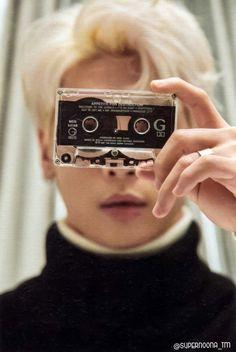 JongHyun : Album 'Poet / Artist' 20180123 PhotoBook
