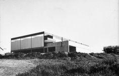 Maison du Peuple, Nantes, France, 1966.    // Pierre Pansard, Hugo Vollmar & Jean Prouvé