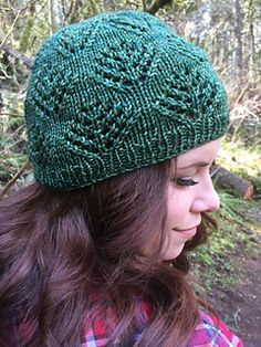 Finlandia - Free hat knitting pattern with lace tree motif Crochet Mittens Pattern, Baby Knitting Patterns, Lace Knitting, Crochet Patterns, Ravelry Crochet, Loom Patterns, Knitting Stitches, Crochet Ideas, Knitted Hats