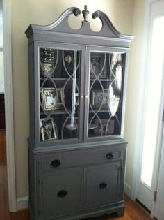 This looks like my corner hutch....MUST paint it.