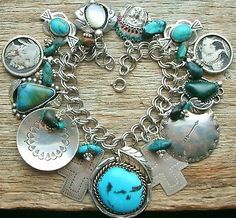 NATIVE AMERICAN STERLING KINGMAN TURQUOISE WESTERN INDIAN CHIEF CHARM BRACELET