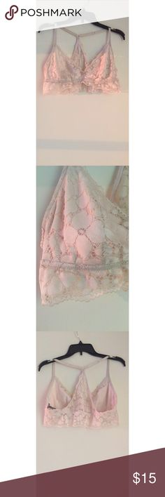 Bralette Looove this bralette, so comfy!!! Perfect for wearing around the house or under low cut shirts. Or just whenever you wanna! 😊 worn a couple times, but it's just a tad too large for me! aerie Intimates & Sleepwear Bras