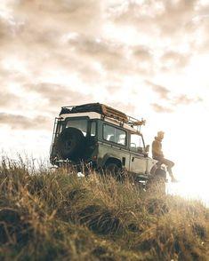 "64 Likes, 1 Comments - @landroverphotoalbum on Instagram: ""Defender magic By @dallinjojolley #Defender90 #landroverdefender #landroverphotoalbum"""