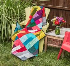 Easy Quilt KIT –  Kona Cotton Colored Happy Quilt -super easy! http://quilting.myfavoritecraft.org/easy-quilt-patterns/