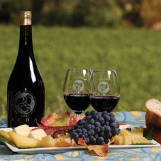 Ravenswood--With beautiful tasting rooms, extensive tours and delicious food, these Sonoma County wineries are a must-visit next time you're in the region. ...