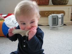 How to get your toddler to eat anything...this is hilarious!